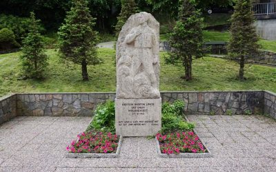 MONUMENT AV KAPTEIN MARTIN LINGE